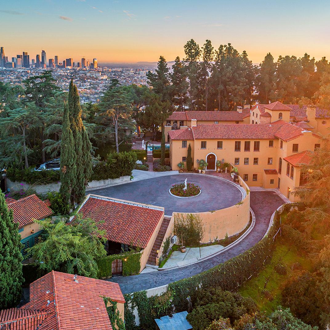 Paramour Estate