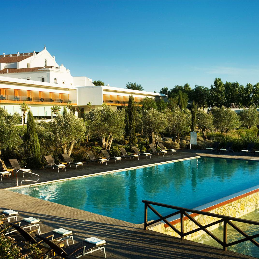 Convento do Espinheiro, Hotel & Spa